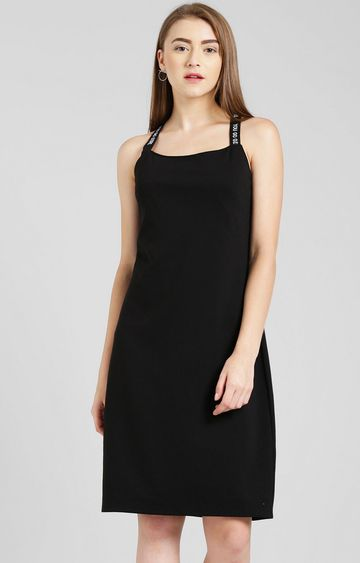 Zink London | Black Solid Shift Dress