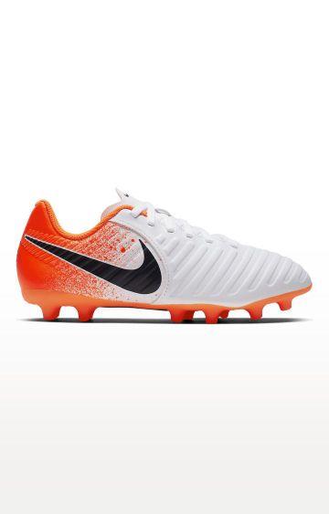 Nike | White Jr. Legend 7 Club MG Global Football Shoes