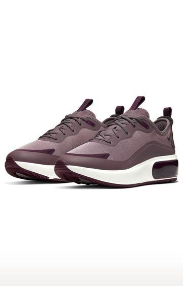Nike | Brown Air Max Dia Running Shoes