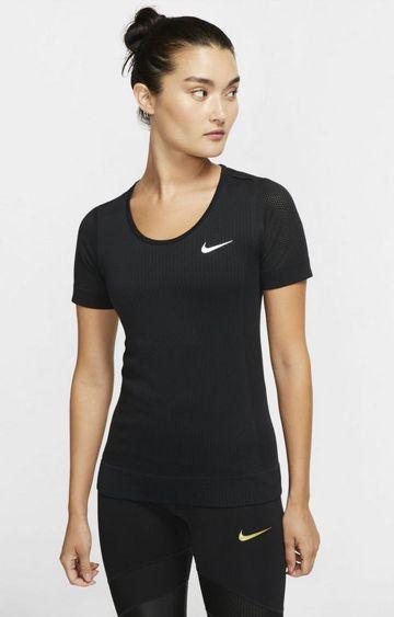 Nike   Black Solid Infinite T-Shirt