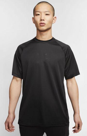 Nike | Black Sportswear Tech Pack Solid T-Shirt