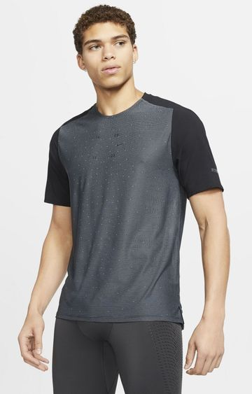 Nike | Black Tech Pack Striped T-Shirt