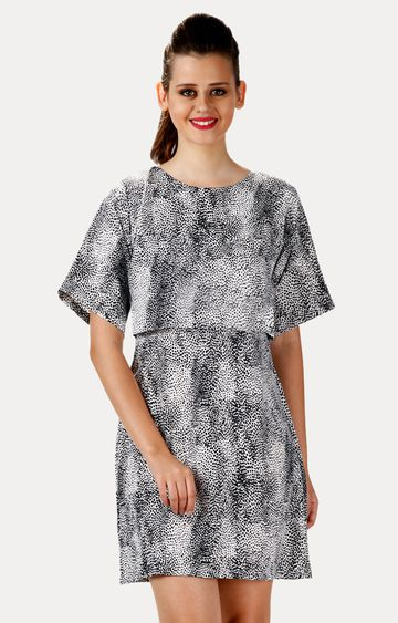MISS CHASE | Black and White Round Neck Printed Shift Dress