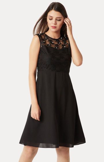 MISS CHASE | Black Solid Paneled Lace and Pearl Detailing Skater Dress