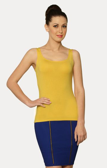 MISS CHASE | Yellow Out Of Line T-Shirt
