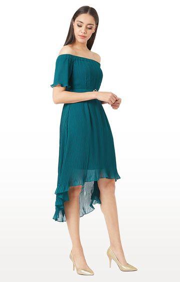 MISS CHASE | Emerald Green Solid Off Shoulder Dress