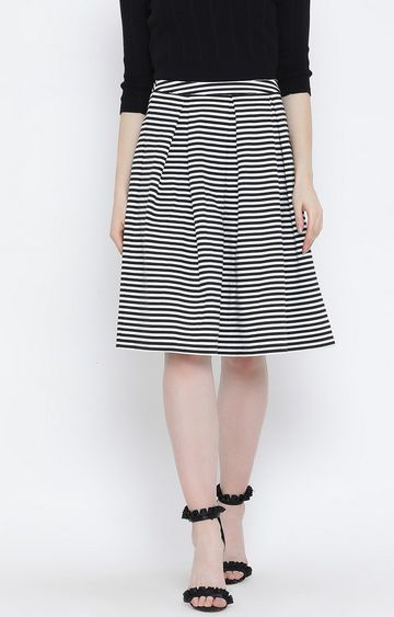 United Colors of Benetton   Blue Striped Pleated Skirt