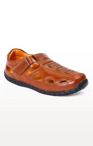 RED CHIEF   Brown Sandals