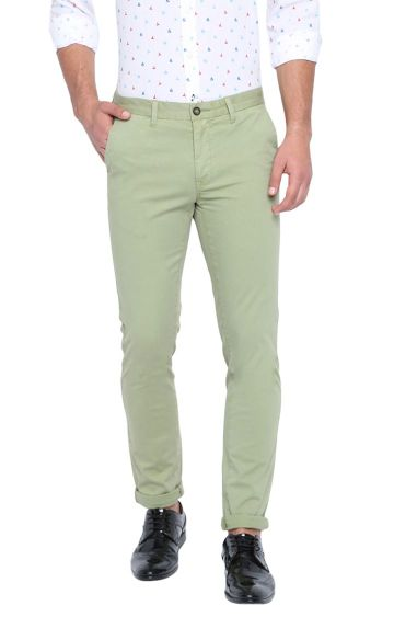 Basics | Green Solid Straight Chinos