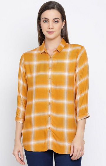 Crimsoune Club   Yellow Checked Casual Shirt