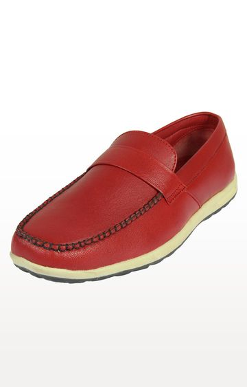 Vardhra | Red Loafers