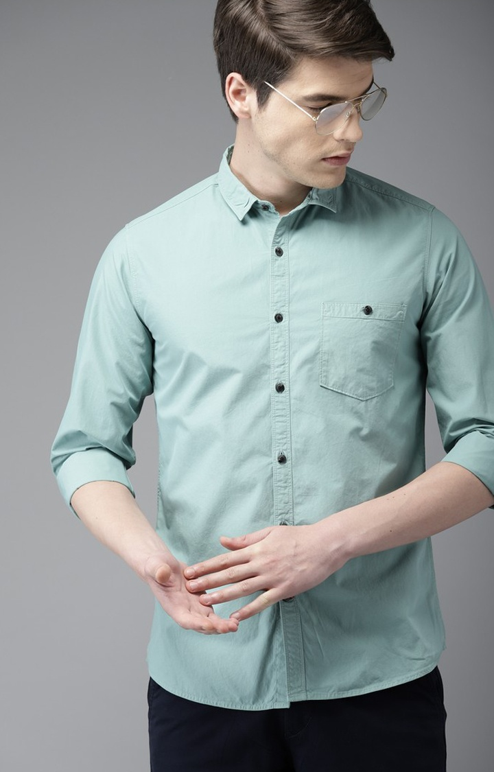 The Bear House   Green Solid Casual Shirt