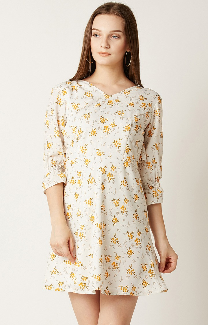 MISS CHASE | Cream Printed Shift Dress