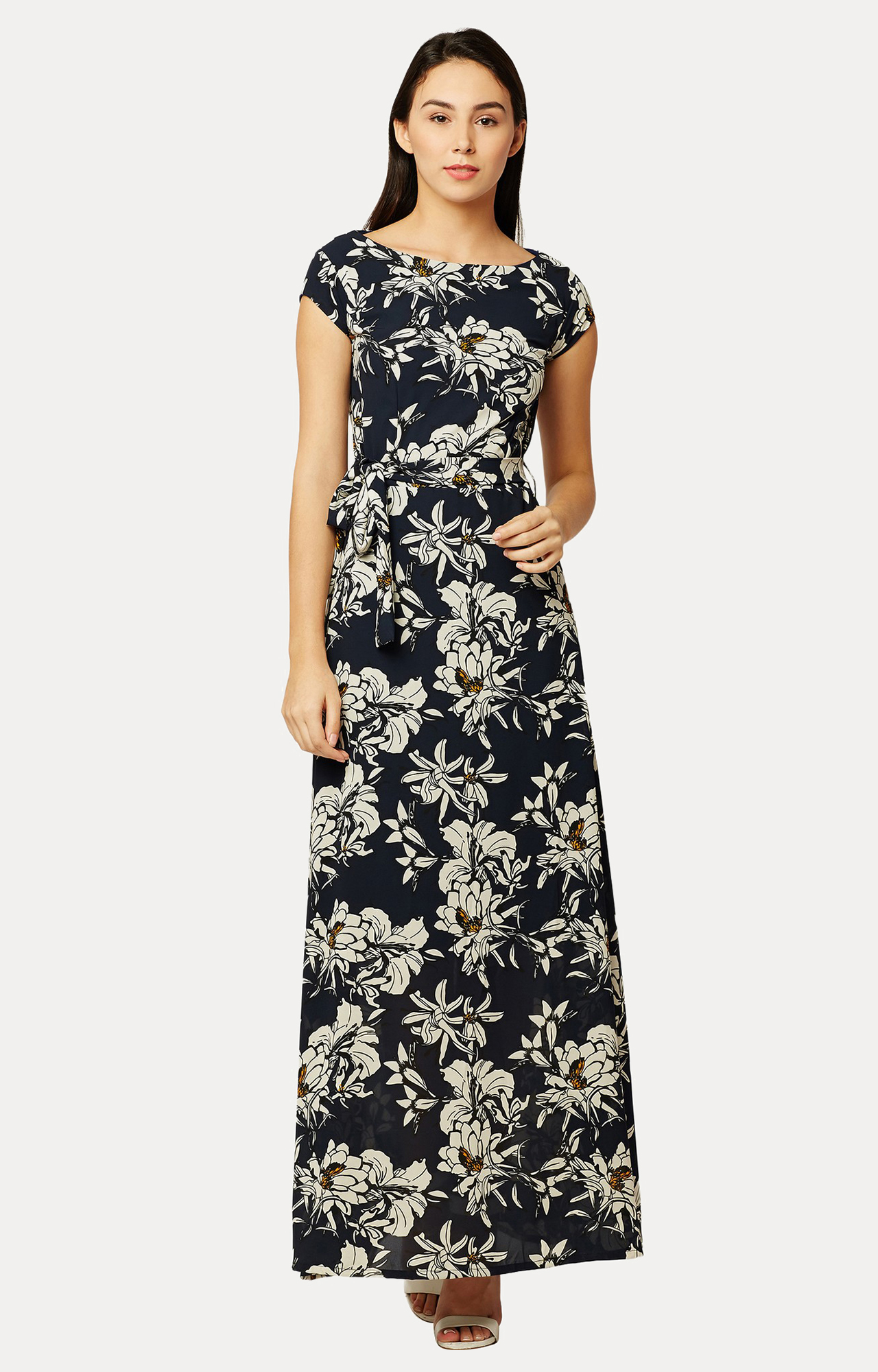 MISS CHASE | Black Belted Flowy Floral Maxi Dress