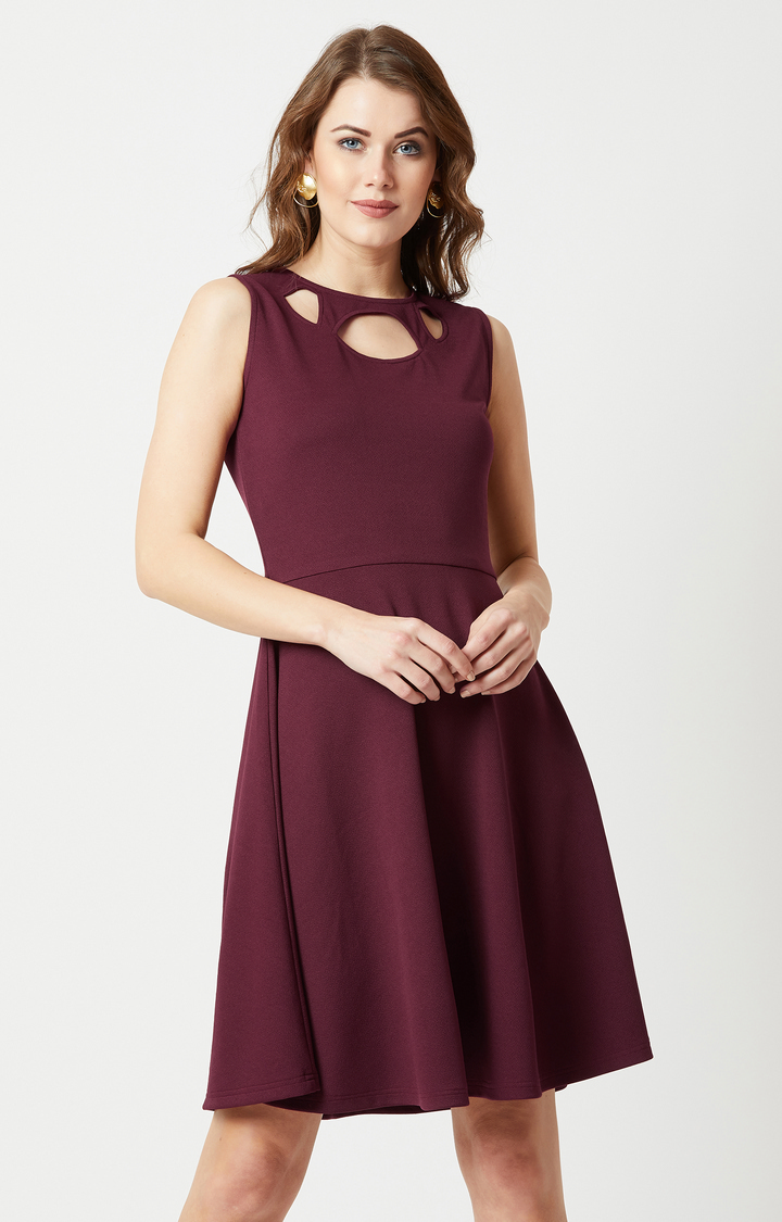 MISS CHASE | Maroon Solid Skater Dress
