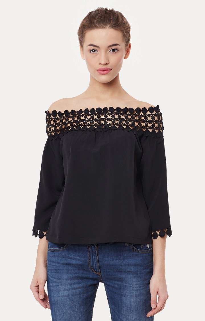 MISS CHASE | Black 3/4 Sleeve Solid Bardot Top