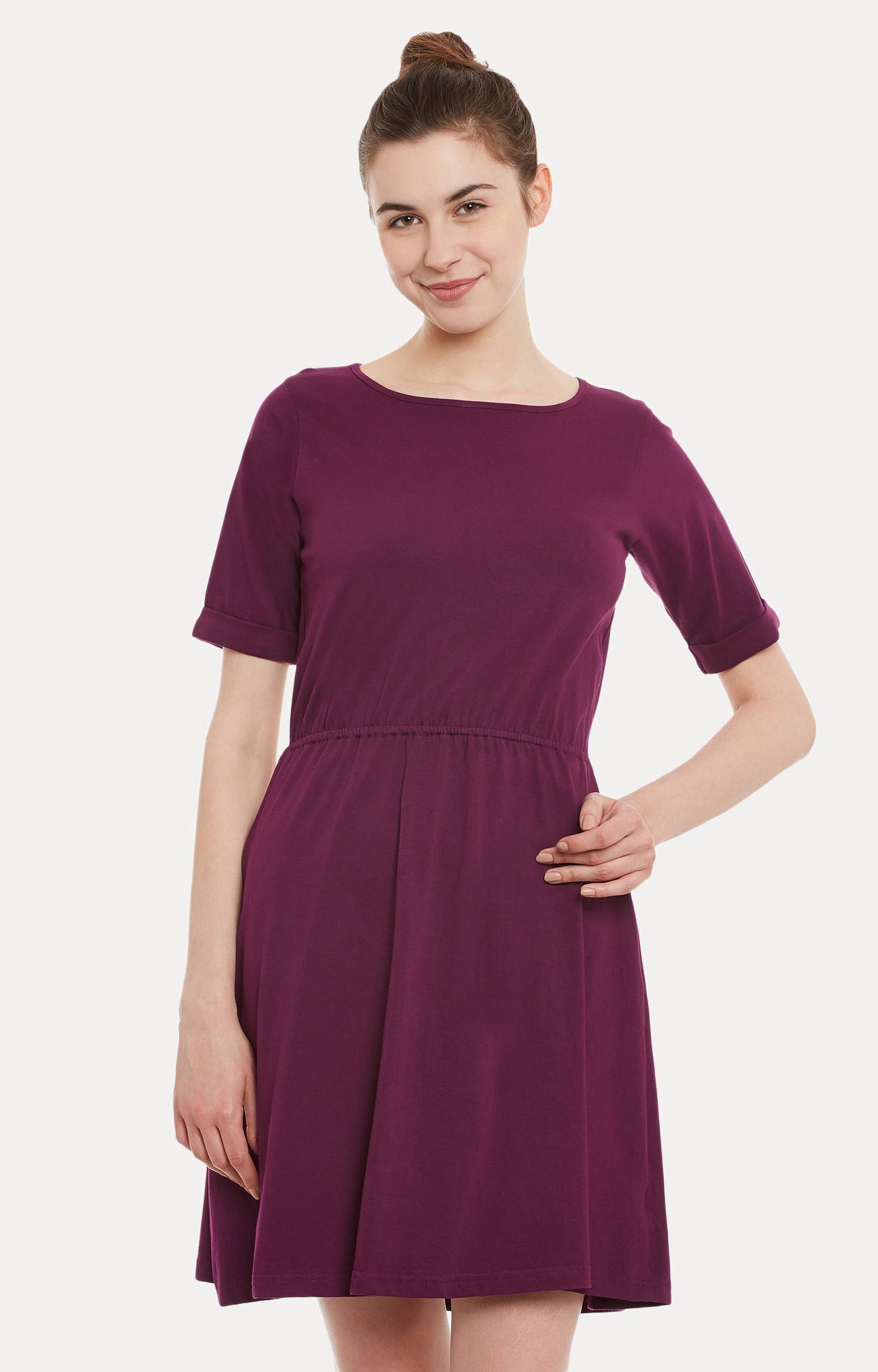 MISS CHASE   Magenta Solid Knee Long Skater Dress