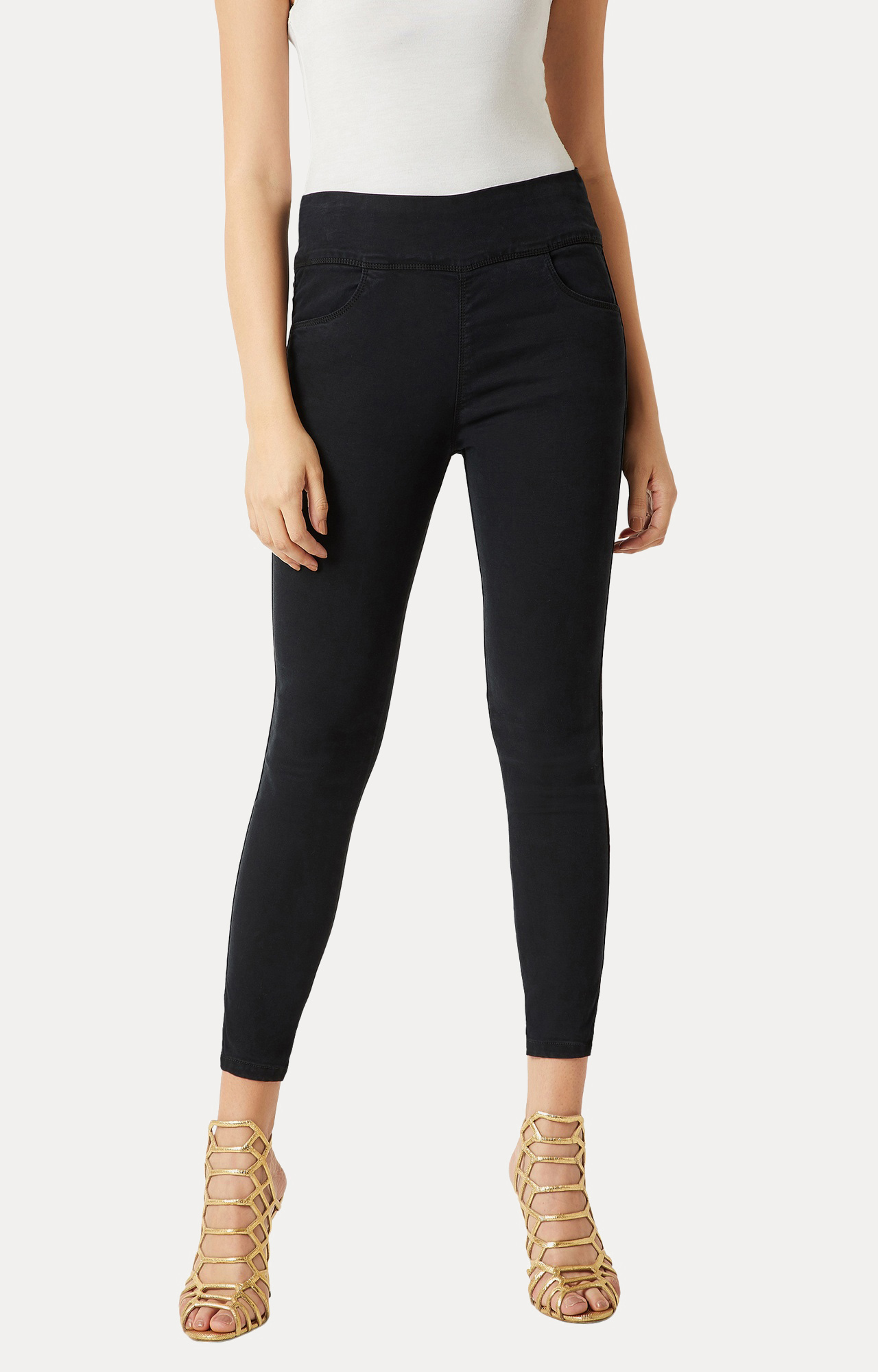 MISS CHASE   Black Clean Look Stretchable Jeggings