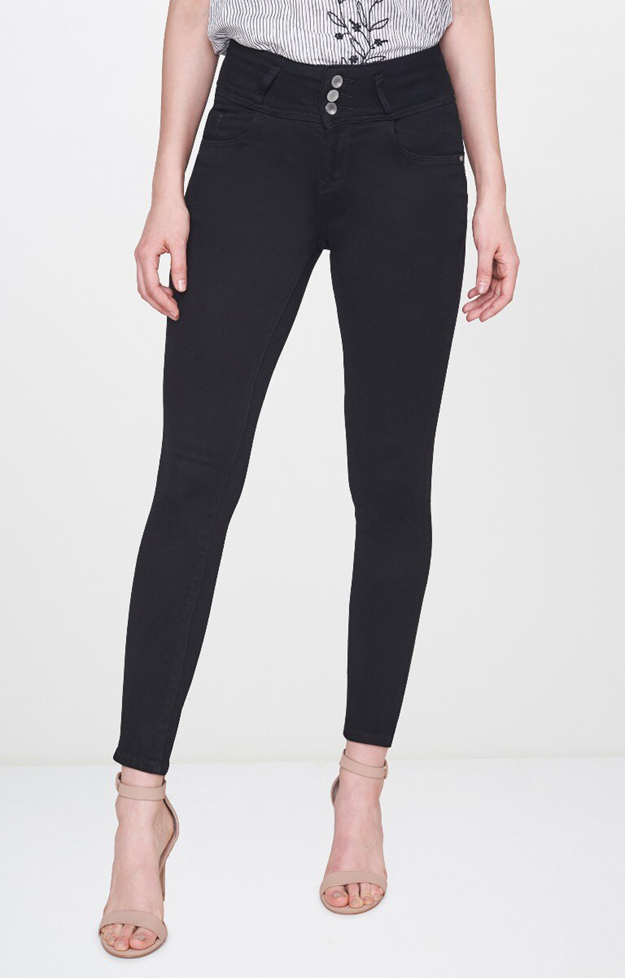 AND | Black Solid Tapered Jeans