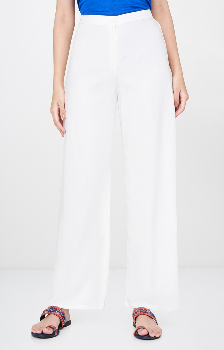 Global Desi   Off White Solid Straight Trousers