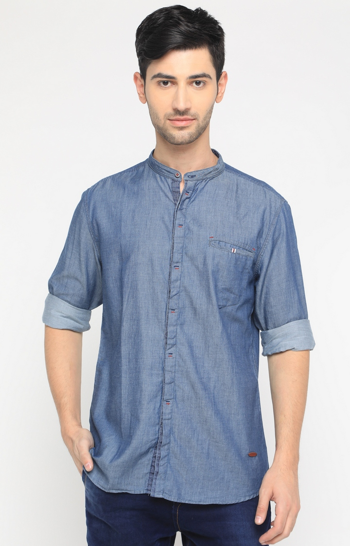 With | Blue Solid Casual Shirt