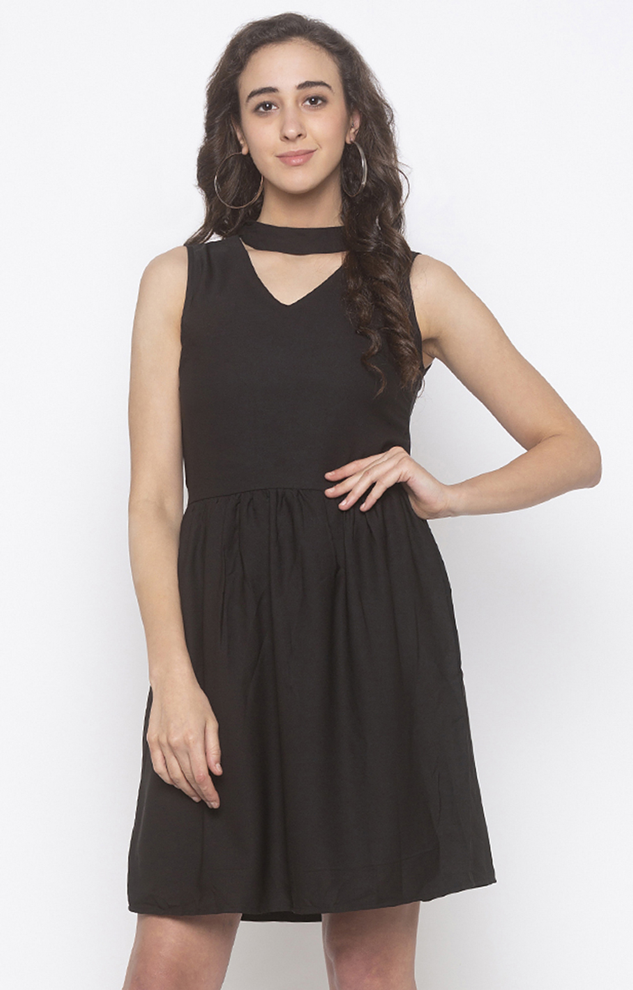 globus   Black Solid Skater Dress