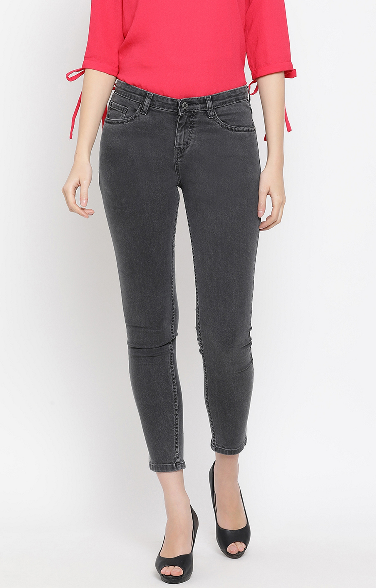 Crimsoune Club | Grey Solid Cropped Jeans