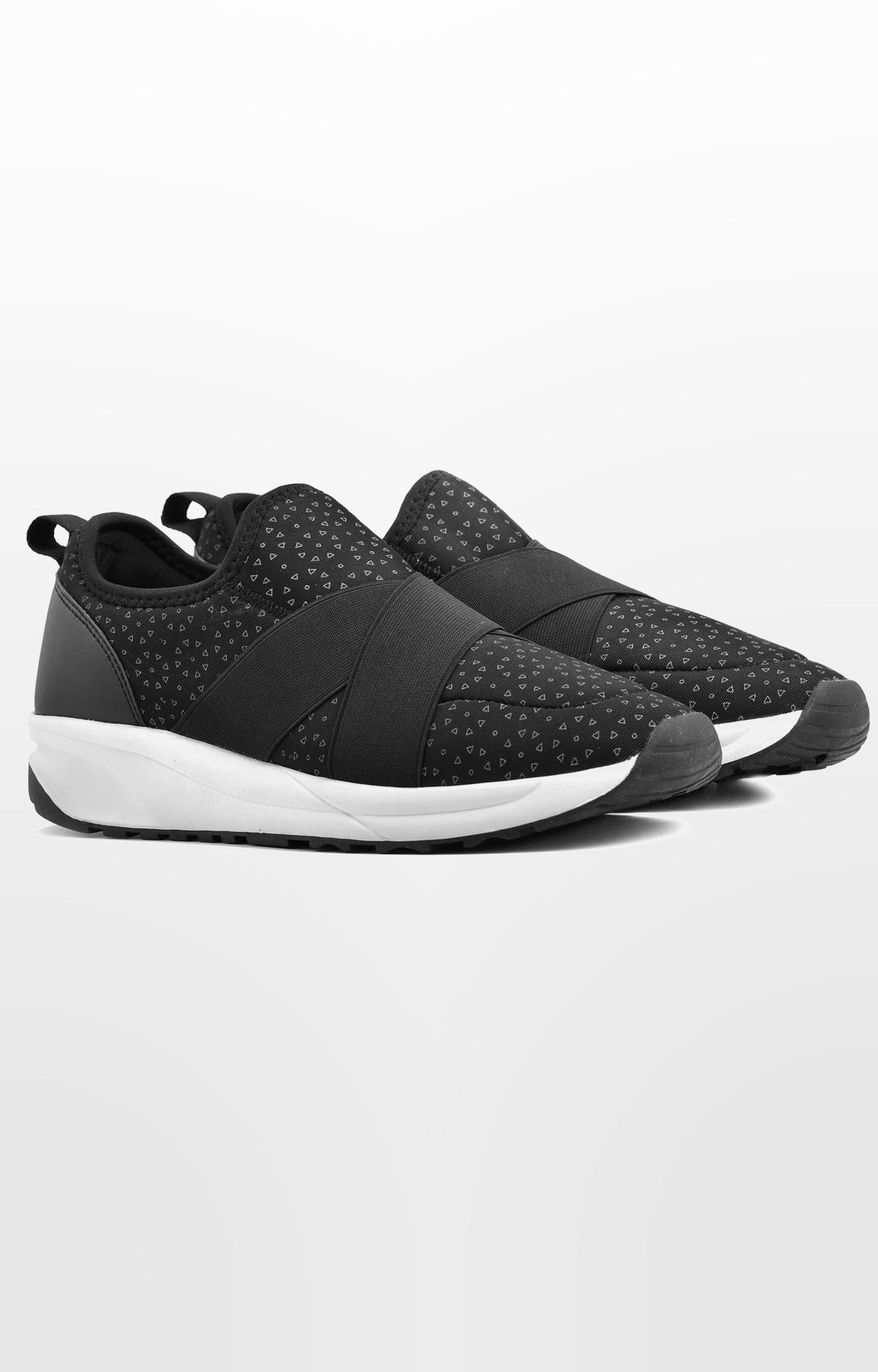 Ruosh | Black Running Shoes