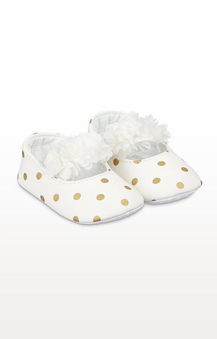 Mothercare | Cream Spot Three-Dimensional Flower Baby Pram Shoes