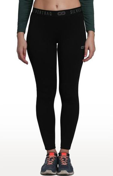 SilverTraq | Black Solid Yoga Pants