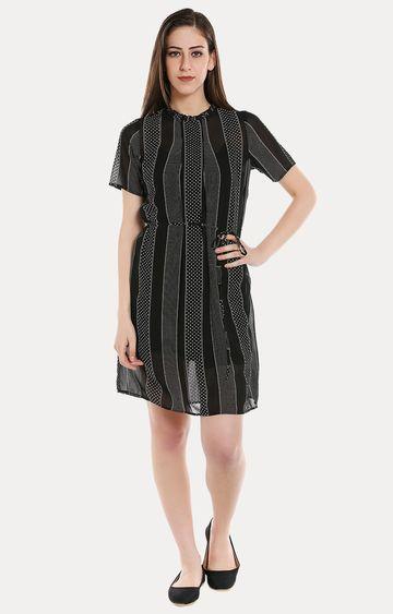 109F   Black Printed Shift Dress