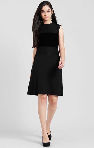 Zink London   Black Embroidered Skater Dress