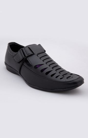 Climbr | Black Sandals