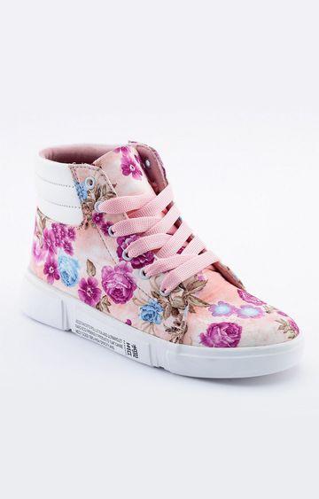 Climbr | Pink Boots