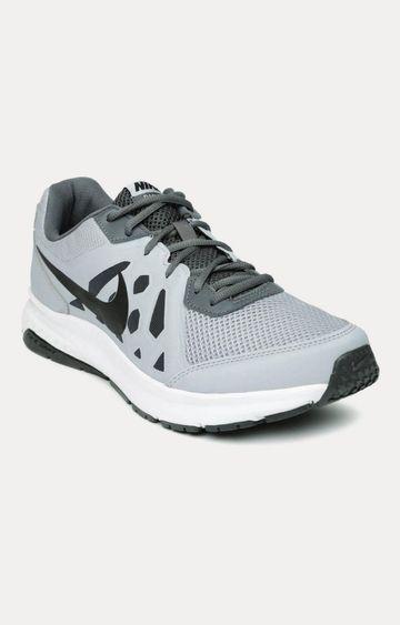 Nike | Light Grey Running Shoes
