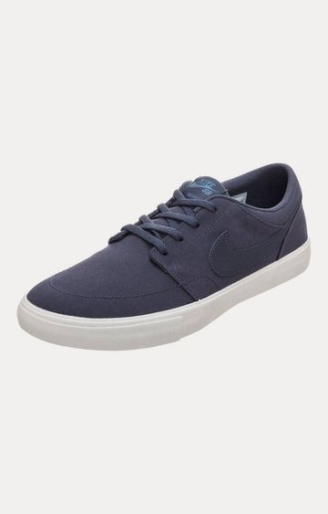 Nike | Blue Sneakers