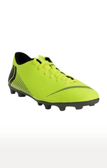 Nike | Green Vapor 12 Club Football Shoes