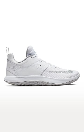 Nike | White Fly By Low II Sports Shoes