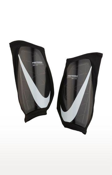 Nike | Grey Protegga Guard