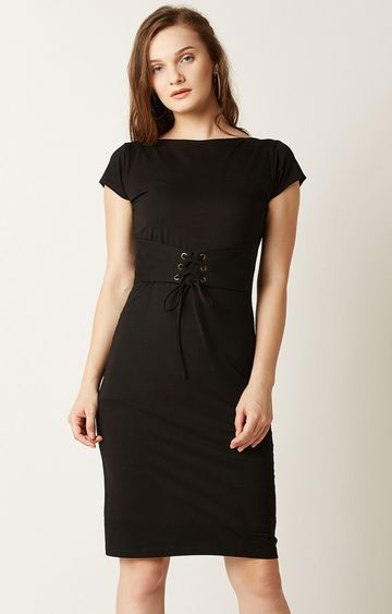 MISS CHASE | Black Solid Shift Dress