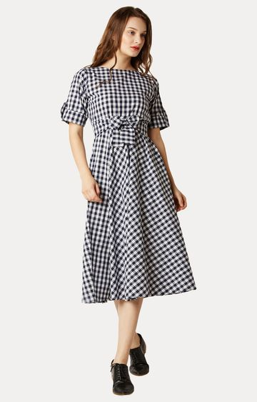 MISS CHASE | Navy and White Boat Neck Checked Tie-Up Midi Skater Dress
