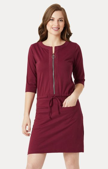 MISS CHASE | Maroon Solid Mini Shift Dress