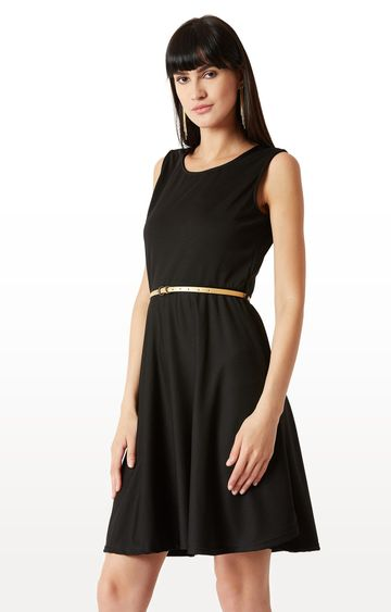 MISS CHASE | Black Solid Belted Knee Long Skater Dress