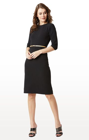 MISS CHASE   Black Solid Belted Bodycon Midi Dress