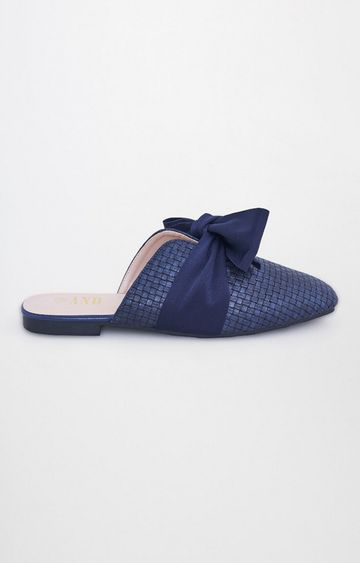 AND   Navy Slip-ons