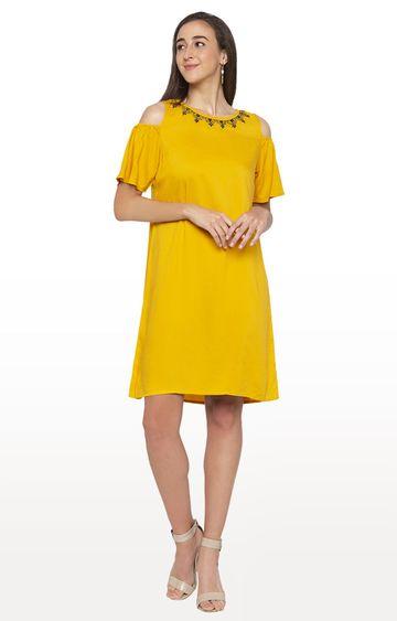 globus   Yellow Solid Shift Dress