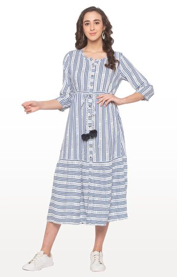 globus | White Striped Anarkali