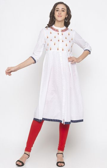 globus | Ivory Embroidered Anarkali