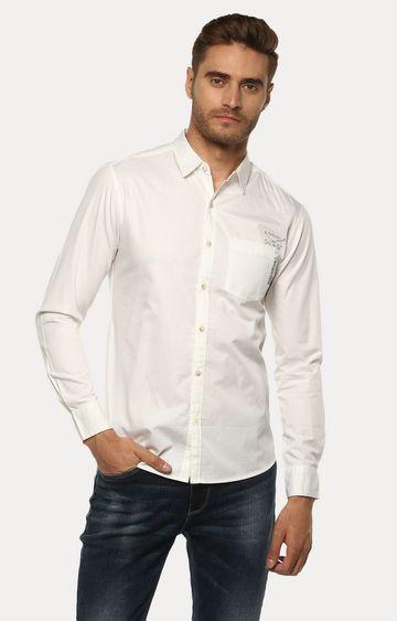 spykar | Spykar White Solid Slim Fit Casual Shirts