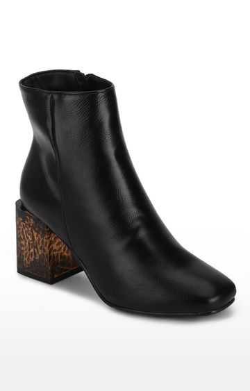 Truffle Collection | Black PU Patterned Block Heel Ankle Boots